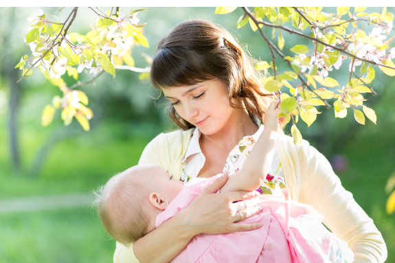 Breastfeeding technique and support class at Anna Jaques Hospital. Best Hospital for Families