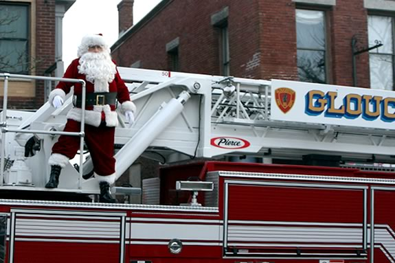 Santa will come to Gloucester to launch the Christmas Parade and Tree Lighting -