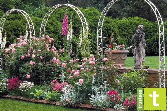 Tour the Spring Gardens at the Trustees of Reservations Long Hill Gardens in Beverly, Massachusetts!