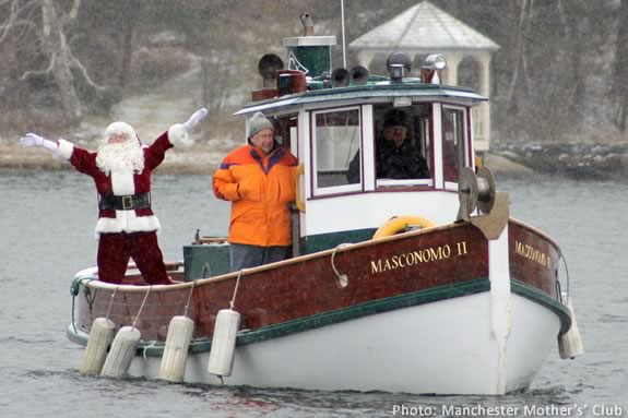 Santa will arrive at Masconomo Park by lobster boat at 1 pm on December 2, 2017