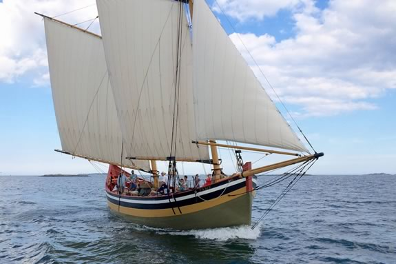 Take a sailing tour aboard Schooner Fame of Salem for Trails & Sails 2018!