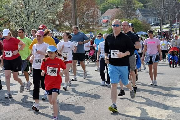 Come join the run fun at the Childrens Museum of New Hampshire 5k road race in Dover New Hampshire