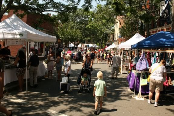 Downtown Gloucester Sidewalk Bazaar - Family Fun in Massachusetts