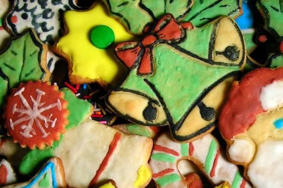 Teens are invited to a party at the Bevelry Library to celebrate the Holidays!