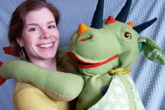 Come enjoy a Lindsay and Her Giant Puppets at Sawyer Free Public Library!