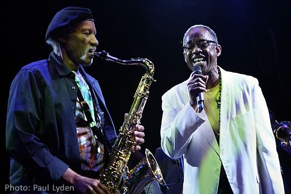 Charles Neville & Henri Smith will perform a charity concert in Beverly, MA
