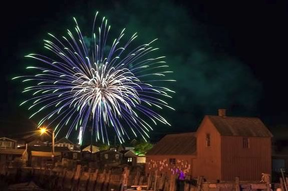 Rockport Massachusetts lights up the night with a mid-Summer fireworks show!