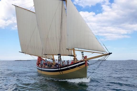 Take a sailing tour aboard Schooner Fame of Salem for Trails & Sails 2018!