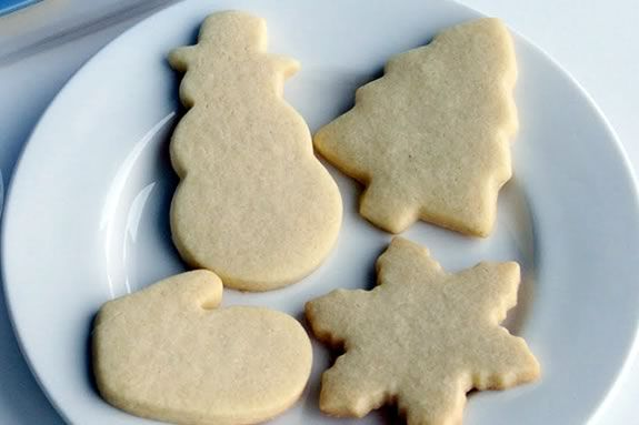 Kids just need to bring their imaignation to this cookie decorating workshop!