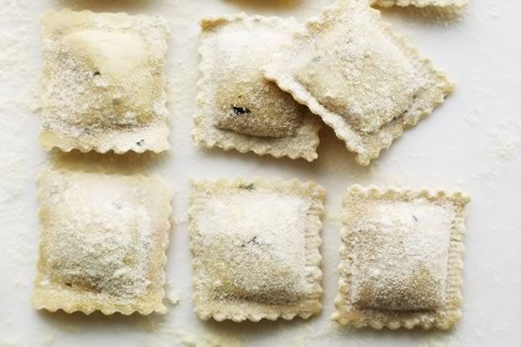 Join American Girl at Williams Sonoma Lynnfield for a pasta ravioli workshop!