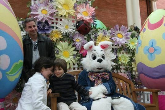 Caring Bunny Photo Sessions at North Shore Shopping Center in Peabody. Visit Nor