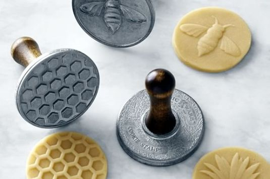 Kids will make their own sugar cookies using bee stamps at this Williams Sonoma Workshop